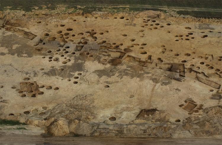 A 200. bronzkori árok
