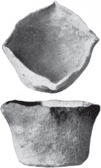 Kiszombor B. temető 210. és 211. sír (Párducz 1937. XVII: 2a és 3. alapján)