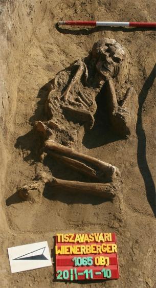 Rendhagyó rézkori temetési mód